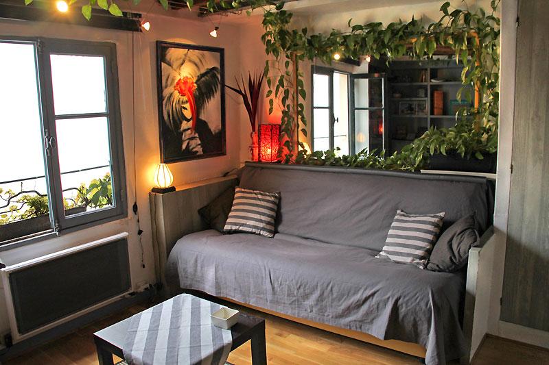 Coin salon le canap se transforme en lit 2 personnes en un instant - Lit transforme en canape ...